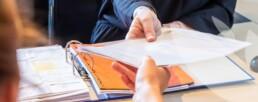 Nos métiers liés à notre expertise comptable - Juridique. Reconnus et officiellement habilités en matière de consultation et de rédaction d'actes juridiques.